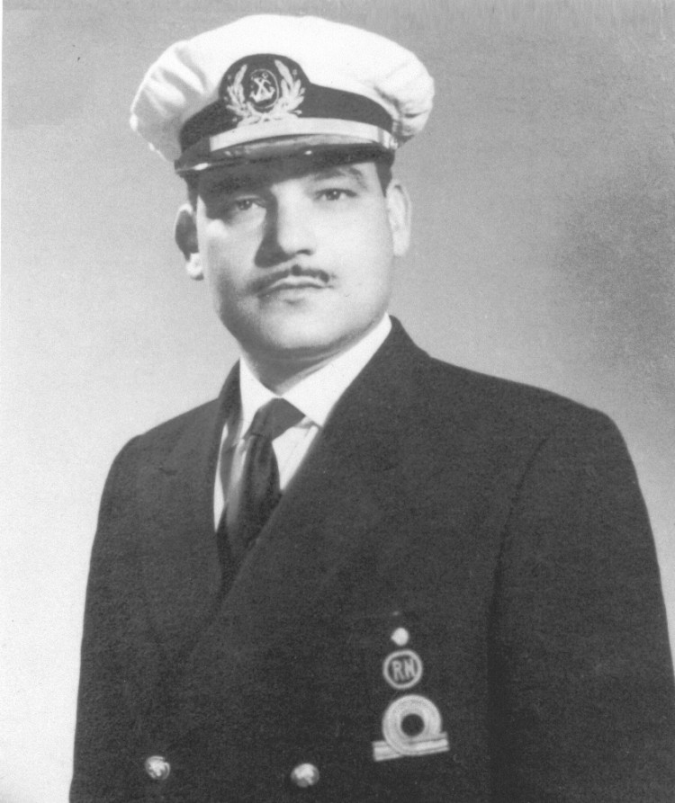 Ángel Jaime Hernández de Paz (1927-2003), alférez de navío de la Reserva Naval