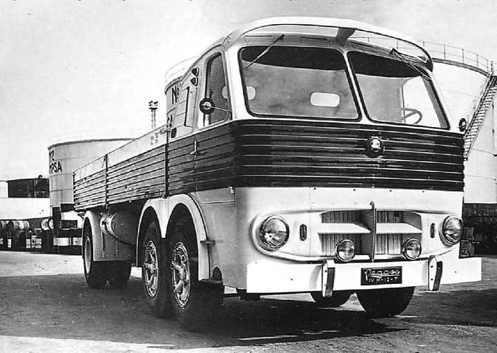 ENASA vendió un lote de camiones Pegaso a Nicaragua, que fueron transportados en buques de Trasatlántica
