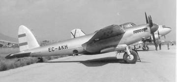 """Imagen del avión De Havilland """"Mosquito"""" que Rodolfo Bay utilizó para su uso particular"""