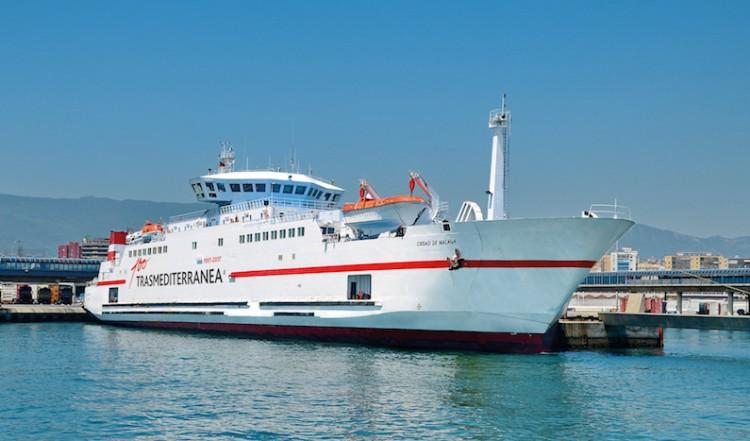 """El buque """"Ciudad de Málaga"""", de nuevo en su línea habitual"""