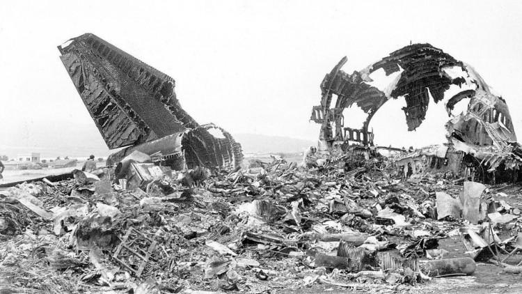 Los restos de los aviones, triste realidad de la impresionante tragedia