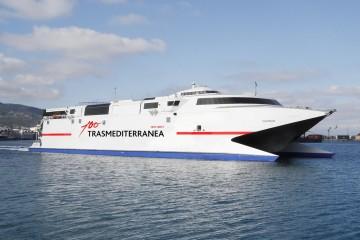 """El catamarán """"Alborán"""" será el buque asignado a la línea rápida"""