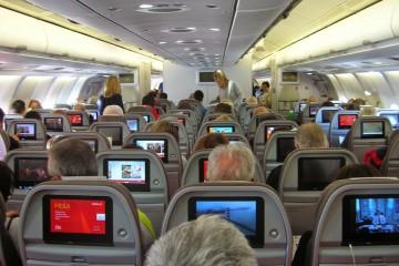 Interior de la cabina de un avión de largo recorrido de Iberia