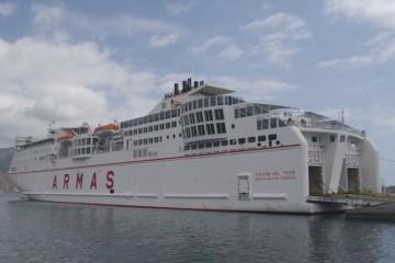 A pesar de la pérdida de competitividad en el REC, empresas como Naviera Armas mantiene a toda su flota bajo bandera española