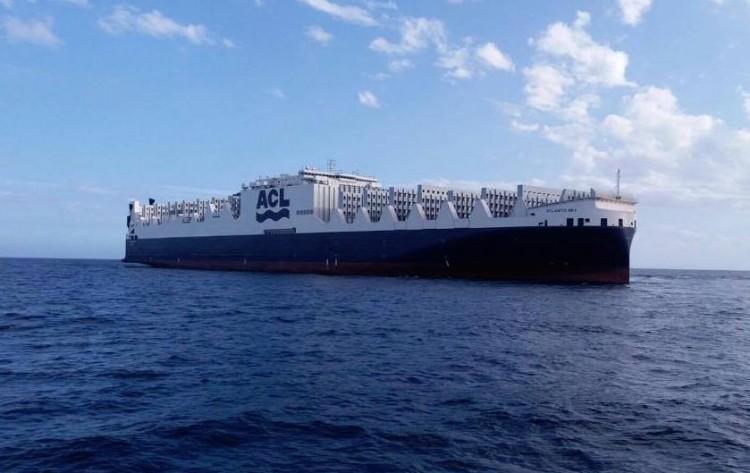 """El buque """"Atlantic Sky"""", a su llegada a Santa Cruz de Tenerife"""