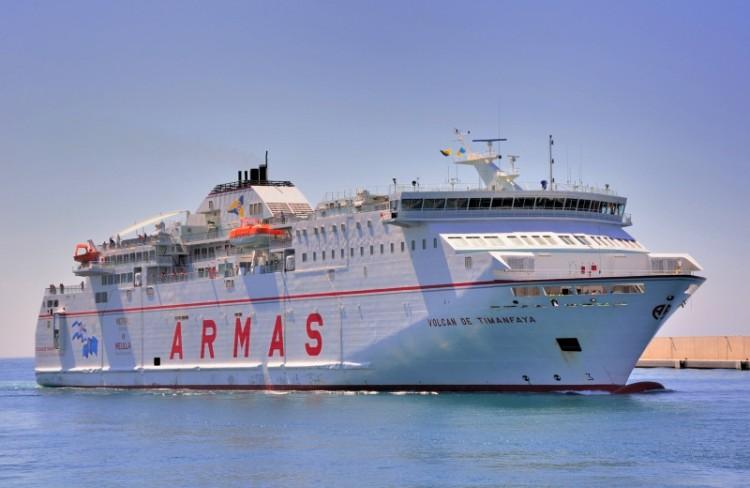 """Los motores del buque """"Volcán de Timanfaya"""" se negaron a arrancar esta mañana"""