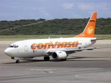 Los vuelos nacionales acumulan considerables retrasos y los internacionales han sido suspendidos