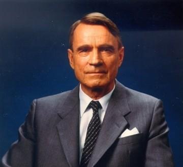 Mauno Koivisto (1923-2017), noveno presidente de la República de Finlandia (1982-1994)