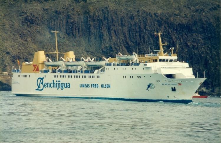 "Esta fue la librea del ferry ""Benchijigua"" a partir de 1994"