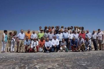 """Foto de familia de los """"trasatlánticos"""" asistentes al encuentro en Alicante"""