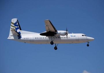 Fokker F-50 de VLM (OO-VLS), en corta final en el aeropuerto de Ibiza