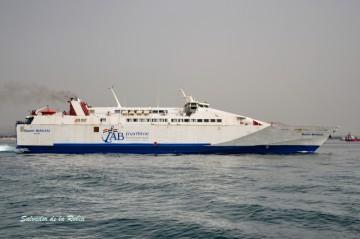 """El buque monocasco de alta velocidad """"Queen Nefertiti"""", refuerzo de AML para la OPE 2017"""