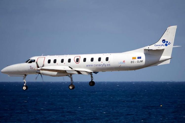 El avión Metro III de Canaryfly, a punto de aterrizar en el aeropuerto de Lanzarote