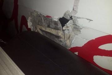El golpe causó daño en el casco por la banda de estribor