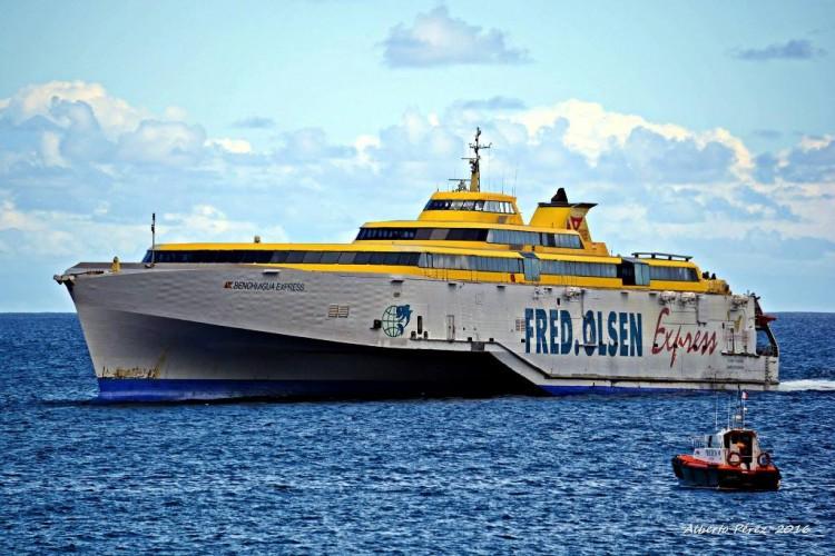 """El buque """"Benchijigua Express"""" es el mayor del mundo en su clase"""