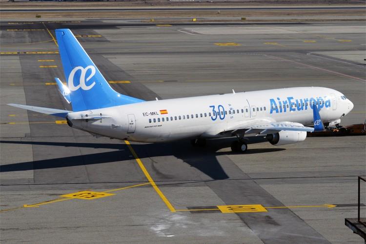 Los fallos de gestión aerportuaria al final los paga siempre el pasajero