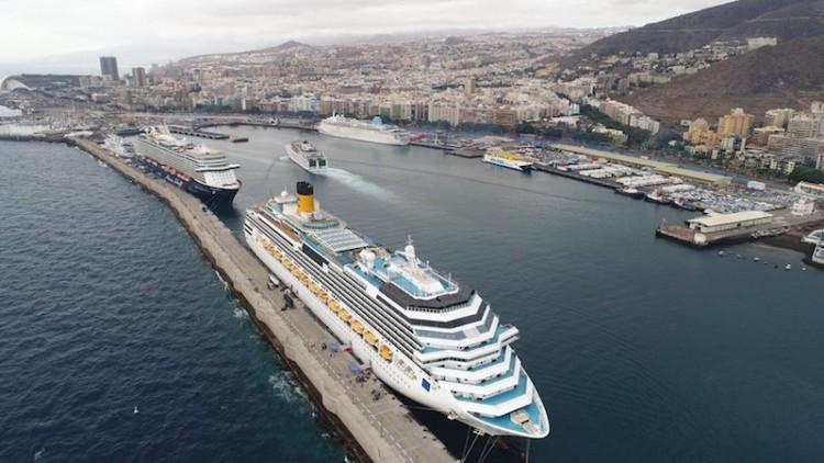 Las cifras se refieren a pasajeros de línea regular En cruceros de turismo también es relevante