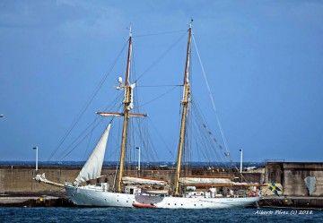 """El buque-escuela sueco """"Gladan"""", visto por babor, en una nueva escala en La Palma"""