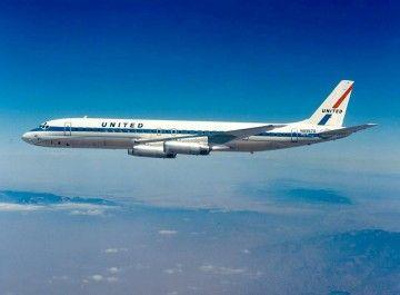 Douglas DC-8/62 de United en vuelo