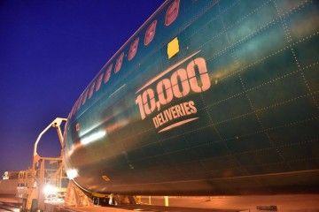 Boeing ensambla el ejemplar número 10.000 del legendario B-737