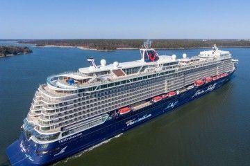 """El nuevo """"Mein Schiff 1"""" ya está en manos de Tui Cruises"""