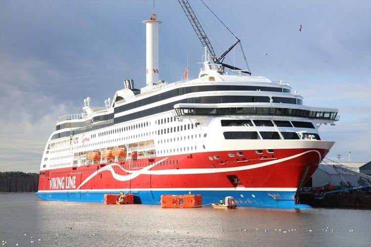 """Instalación del rotor sail a bordo del buque """"Viking Grace"""""""