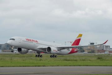 Rotación del primer vuelo del primer A350 de Iberia