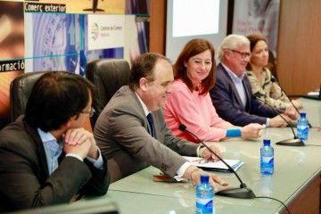 Antoni Mercant (segundo por la izquierda), nuevo presidente de la Cámara de Comercio de Mallorca