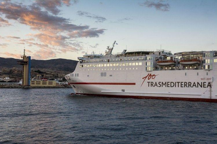 """El ferry """"Sorolla"""" duplicará rotaciones tres veces por semana en la línea Melilla-Almería"""