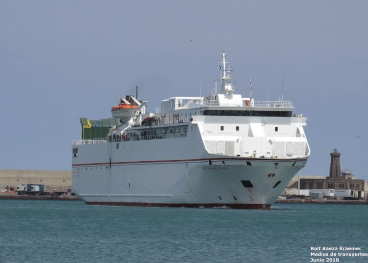 """El ferry  """"Volcán de Tauce"""" desata las iras de Melilla y Motril"""
