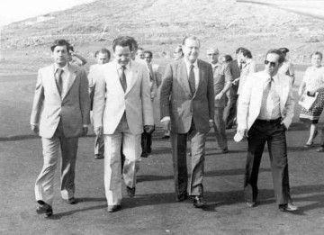El ex presidente Rafael Caldera, a su llegada a la isla de El Hierro
