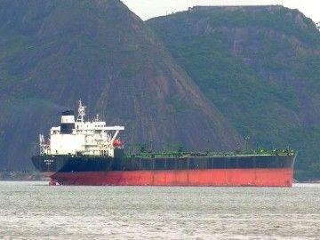 """El petrolero """"Arteaga"""", en su última etapa, en aguas de Brasil"""