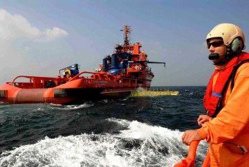 Salvamento Marítimo realiza una labor extraordinaria en el rescate de migrantes