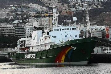"""El buque """"Esperanza"""", de la organización ecologista Greenpeace, está en Tenerife"""