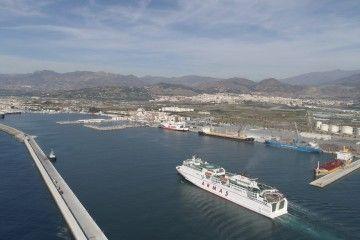 """El ferry """"Volcán de Tinamar"""" potenció la línea Motril-Melilla"""