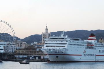 Trasmediterránea y Balearia enlazan Málaga y Melilla