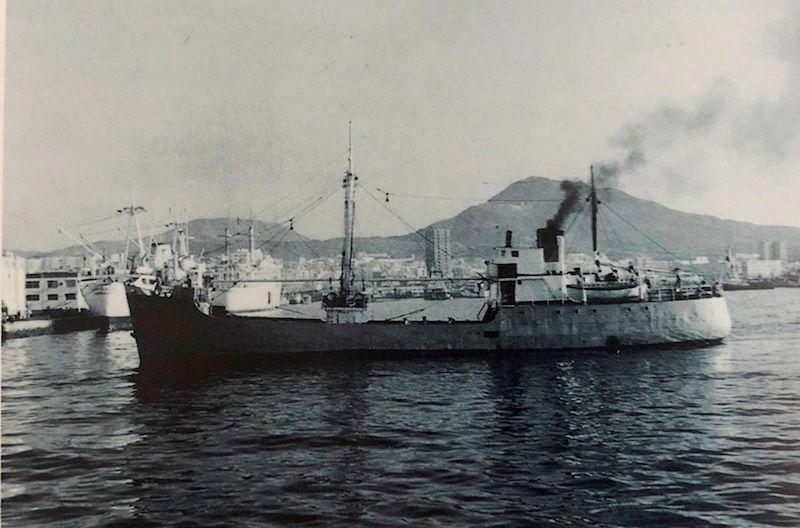 """El buque """"Condesito"""" está hundido en la bahía de Los Cristianos"""