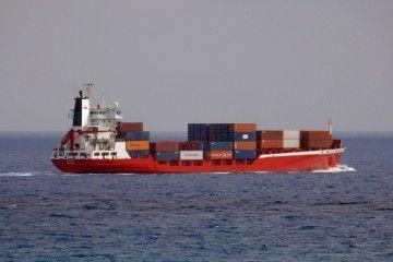 """El buque """"Spica"""" asegura la rotación de contenedores de Trasmediterránea"""