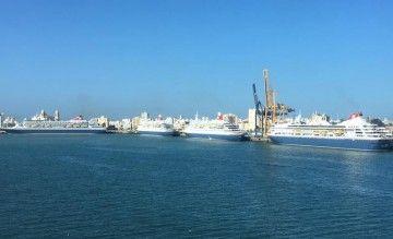 Los cuatro buques de Fred. Olsen Cruise Line hacen historia en el puerto de Cádiz