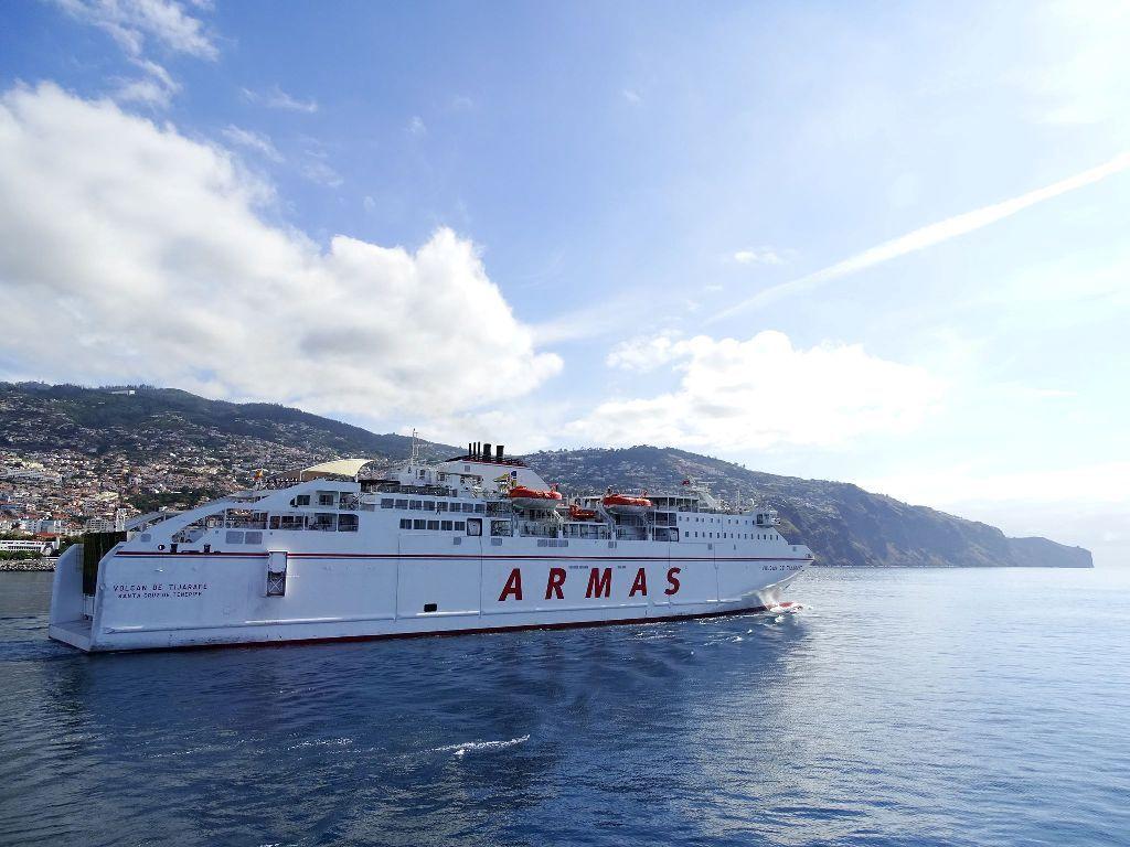 """El ferry """"Volcán de Tijarafe"""" ha cumplido puntualmente con su cometido"""