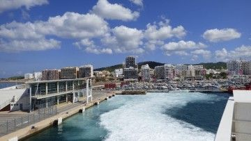 Vista parcial del puerto de Sant Antoni, Ibiza