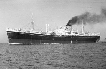 """El trasatlántico italiano """"Nápoli"""", de Flotta Lauro"""