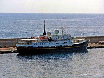"""Este es el buque """"Serenissima"""", tercer cliente del puerto de Tazacorte en 16 años"""