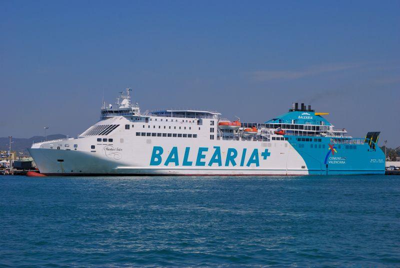 """El buque """"Martín i Soler"""" atenderá el servicio de pasajeros y vehículos"""