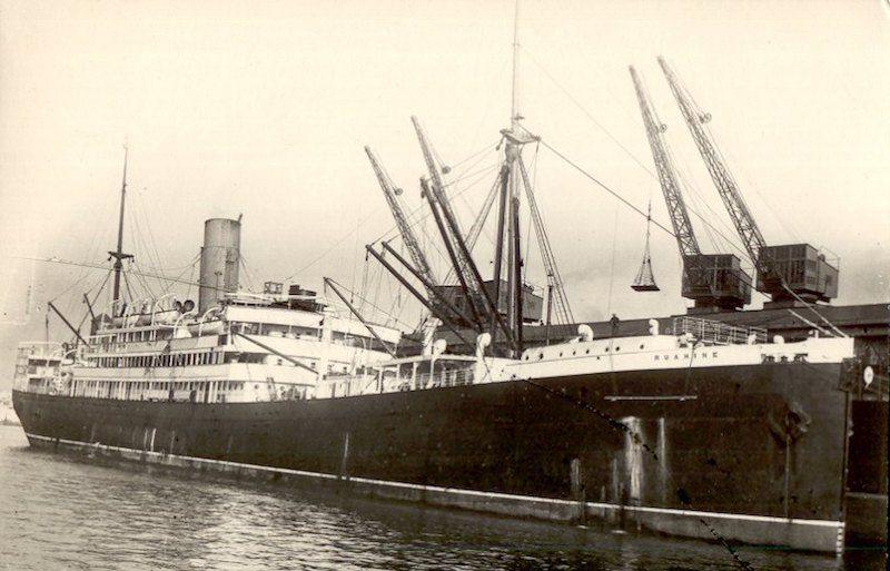 """Estampa marinera del trasatlántico """"Ruahine"""""""