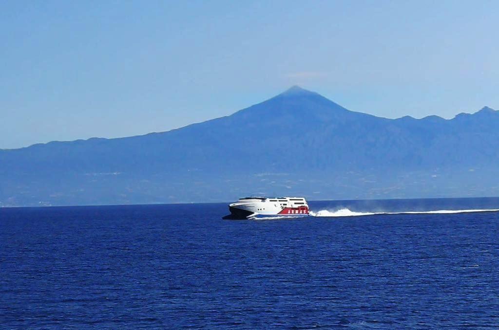 Las navieras que operan en La Gomera han programado viajes especiales