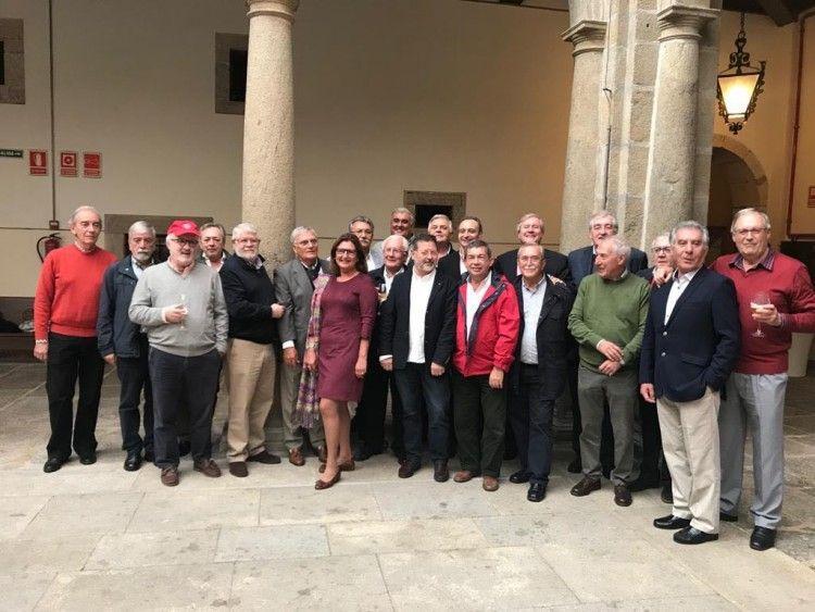 """Foto de familia de los """"trasmediterráneos"""" asistentes este año al encuentro en Santiago de Compostela"""