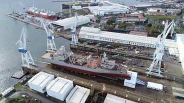 """El AOR """"Supply"""", preparado para su botadura en el astillero Navantia Ferrol"""