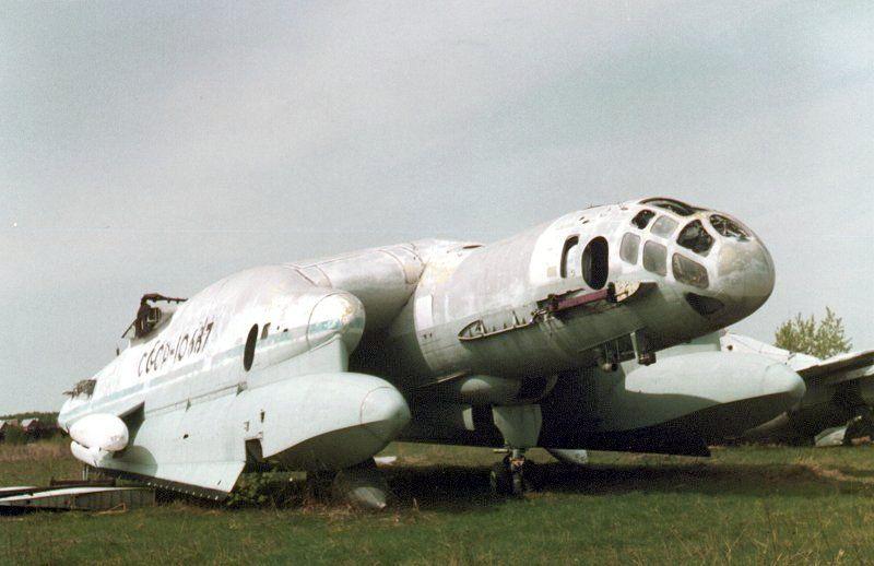 Vista del morro del ekranoplano Bartini Beriev VVA-14