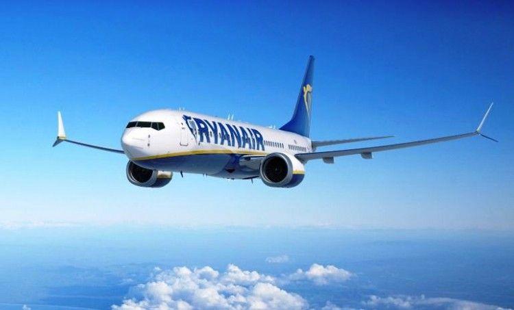 Ryanair ha tenido que ceder y subir salarios